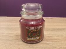 Yankee Candle Red Apple Wreath 411g Medium Jar. Scent, Home Fragrance.