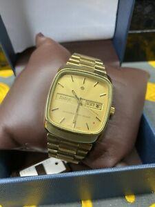 vintage zodiac automatic watch