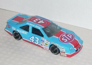 1992 Racing Champions Richard Petty NASCAR Pontiac STP 1/43 from Collectors Set