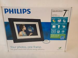 Philips Home Essentials 7 inch LCD Digital Photo Frame