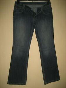 LL12)  WOMENS LOVELY BLUE M&S INDIGO STRAIGHT JEANS SIZE 10 LEG 28