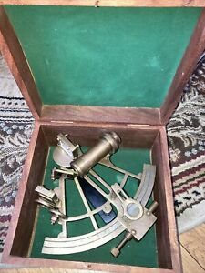 Vintage Brass Nautical Sextant ,In Wood case,L@@K