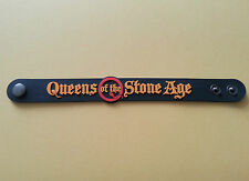 SILICONE RUBBER ROCK MUSIC FESTIVAL WRISTBAND/BRACELET:- QUEENS OF THE STONE AGE