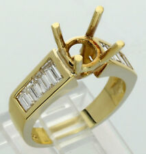 New diamond semi mount ring for round brilliant 18K yellow gold VVS baguette .8C