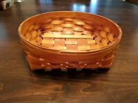 Heritage Mint Limited Canadian Maple Basket Round Hand Woven