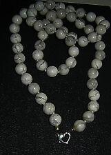 Echte Edelstein-Halsketten & -Anhänger aus Sterlingsilber mit Howlith