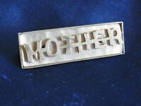 VINTAGE MOTHER OF PEARL MOTHER BROOCH MOTHER GIFT PIN MUM JEWELLERY Cir 1950s