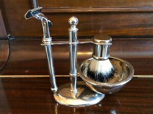 Vintage Shaving Stand Brush Safety Razor Holder Stand chrome