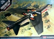 Vought F-8p Crusader French Navy Special Academy 1/72 Référence 12407
