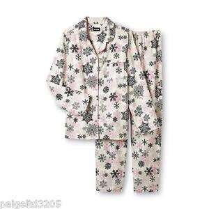 Joe Boxer Women's 2-Piece Snowflakes Flannel Pajama Set / Sleepwear  - Pink