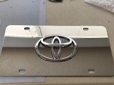 Toyota 3D Chrome Logo On Chrome License Plate with 4x Chrome caps