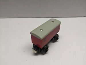 Thomas & Friends Wooden Railway RED BAGGAGE CAR Train Engine Car EUC