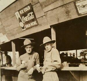 ANTIQUE VINTAGE WW1 SOLDIERS EDWARD A FALLON ICE CREAM OLD COCA COLA SIGN PHOTO