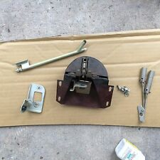 Rolls Royce Silver Shadow, Bentley T1 ;  Boot or Trunk Latch with rods