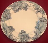"Pier 1 Angleterre VINEYARD 11"" Dinner Plates Blue White Grapes Set of 2 EUC"