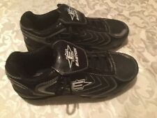 Easton cleats/shoes-Womens/Ladies -Size 7 -black baseball sports athletic cleats