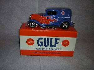 2006 Gulf Gas Station Diecast. 1932 Ford delivery Item number is 21798 P.