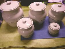 Red & White Traditional Longaberger Pottemry Set Gently Used.