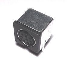 Embase Mini-DIN 8 broches femelle pour circuit imprime                    DNM8SC