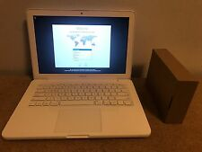 "Apple A1342 White Unibody MacBook 13"" 2.4GHZ 4GB 250GB Battery AC MC516LL/A"