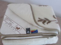 Oberbett Wolldecke Tagesdecke aus 100% Wolle mit Kaschmir Made in Germany