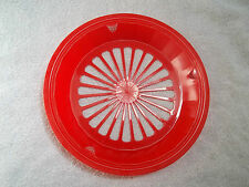 4 RED PLASTIC PAPER PLATE HOLDERS, PICNICS, BBQ, CAMPING, PARTIES !