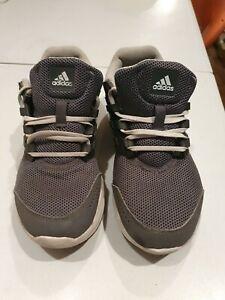 Adidas Boys Trainers Size 4 Grey/White
