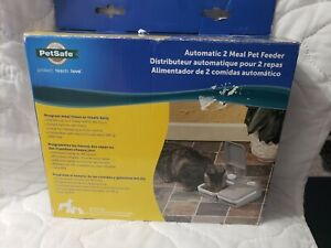 Automatic 2 Meal Pet Feeder/Auto Portion Food Dispenser NEW open box. Petsafe