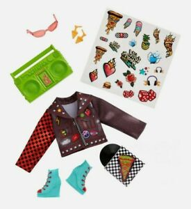 WILD HEARTS CREW Punkie Pizza Party 8 Piece Doll Fashion Accessory Pack Jacket