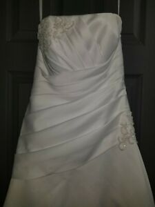 Davids bridal wedding dress size 6