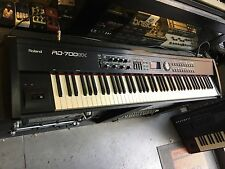 Roland RD 700 GX Keyboard, 88 Weighted keys , RD700GX w/Hard case //ARMENS//
