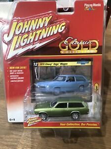 Johnny Lightning Classic Gold Series 1972 Chevy Vega Wagon 1/64 T1 2016 Series