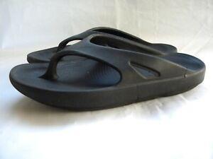 Oofos Unisexe Original String Sandale ou Flip Flop CHOOS taille Noir