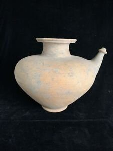 Pre-Khmer Southeast Asia Cambodia large terracotta Kendi 10th c or earlier