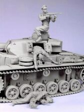 1:35 German Tank Soldiers 'escaping' World War 2 Resin Models