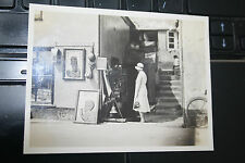 ST IVES ANTIQUE SHOP  CORNWALL 100 x 75 mm b&W  original photograph SW SMITH