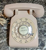 AT&T 500DM  Rotary Dial Desk Phone Peach Tan Vintage Used