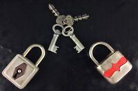 Collection cadenas ancien SoS n°140 + 2 clefs + cadeau