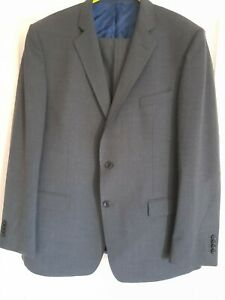 Magee Gentleman's suit. Jacket 44r trousers 40r