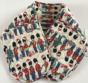 Cath Kidston Christmas Soldier Guards Quilted Double Oven Gloves - Brand New