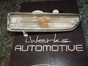 89-94 OEM USDM Nissan Maxima front driver turn signal light lamp assembly 3234 L