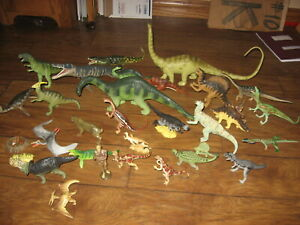 Collection of Carnegie Safari Collectible Dinosaurs 30 Pieces 1980s-1990s