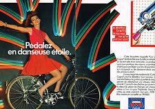 PUBLICITE ADVERTISING 064  1982  MOTOBECANE  CYCLES  ( 2 pages) vélos