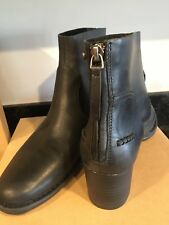 UGG BANDARA ANKLE BOOT size 9.5  BLACK LEATHER  1098310 new with box