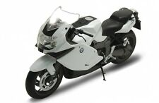 BMW K1300S WHITE 1/10 DIECAST MOTORCYCLE MODEL BY WELLY 62805W