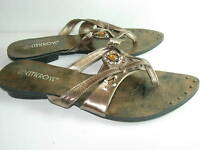 WOMENS BRONZE BROWN JEWEL FLIP FLOPS THONGS SANDALS HEELS DRESS SHOES SIZE 7.5 M