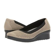 CLOUDSTEPPERS CLARKS Caddell Trail Wedge Comfort Shoes Sand Women's size 9W Wide