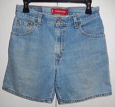 Levi's Classic Jeans Denim Shorts Women's Size 8 Misses (29 x 6 3/4)