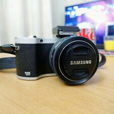 Samsung NX 300 Mirrorless Camera with 20-50 mm lens - Complete kit