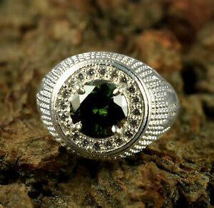 Lovely Gift 4.02 Ct Green Diamond Solitaire Halo Men's Engagement Ring